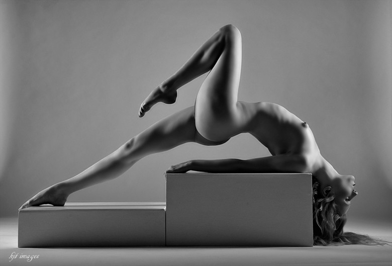 %22Arched%22 Artistic Nude Photo by Photographer kjt images