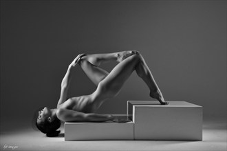 %22Triangles%22 Artistic Nude Photo by Photographer kjt images