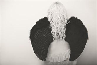 %7B.A Fallen Angel. .%7D Cosplay Photo by Model Unusual Kittie
