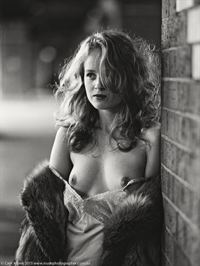 %C2%A9 Cam Attree 2013 Artistic Nude Photo by Model Romahni