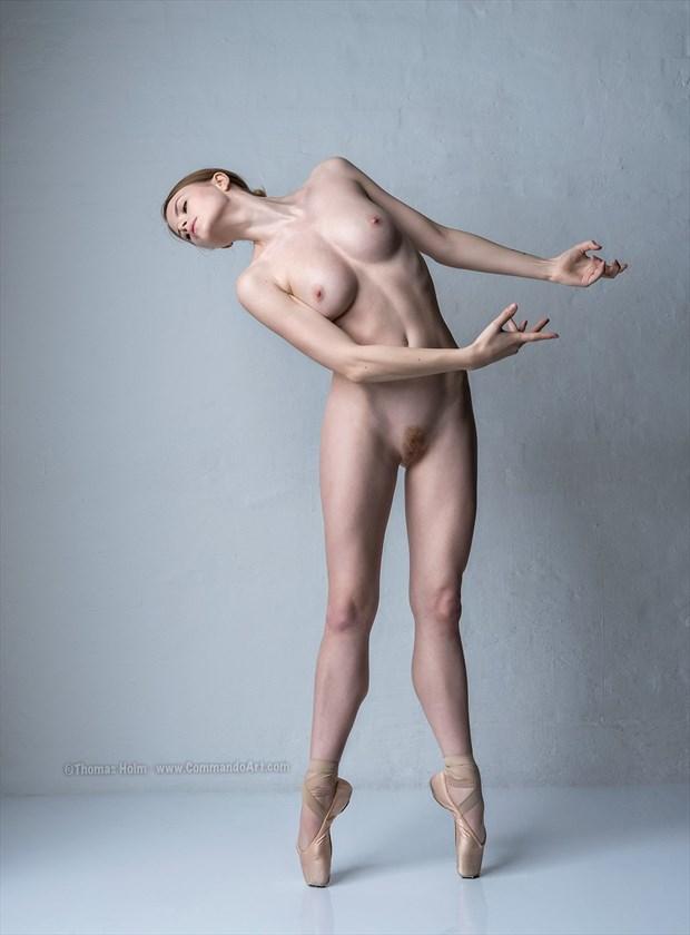 %C3%89chap%C3%A9 Artistic Nude Photo by Photographer CommandoArt