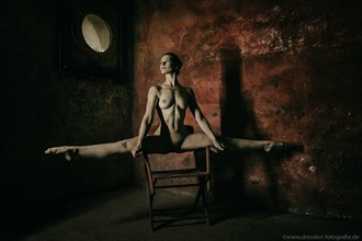 %C3%9CBERspannen Artistic Nude Photo by Photographer S.Dittrich