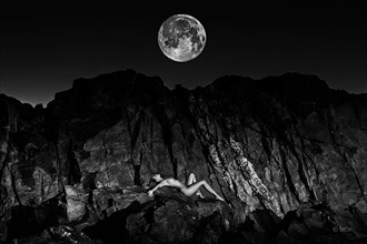 'la lune' (long version) Artistic Nude Photo by Photographer Mandrake Zp %7C MDK