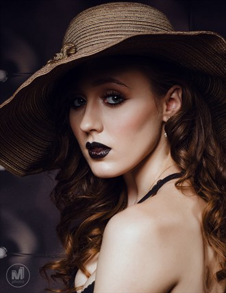 (C) Michael Meltser Fashion Photo by Model ATJModeling