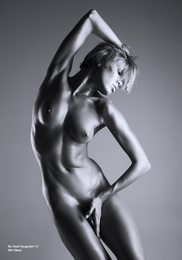 *** Artistic Nude Photo by Photographer PavelVin
