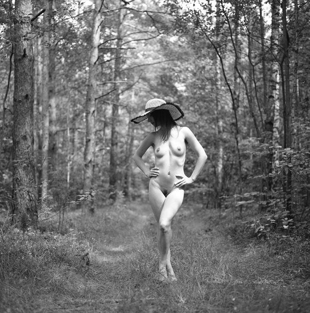 artistic nude photo by photographer jerzy r%C3%B3zio