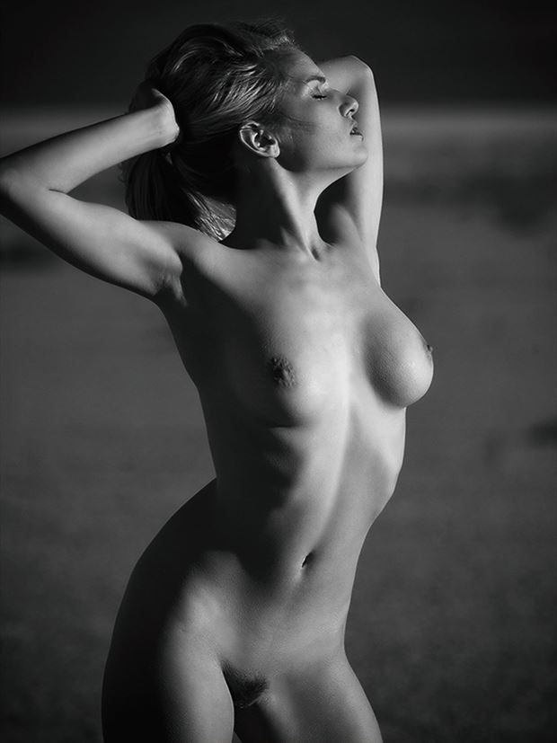 facing west artistic nude photo by photographer bill lemon