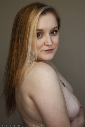 little one artistic nude photo by photographer sirena wren