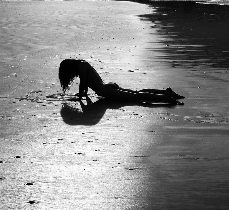silhouette artistic nude photo by photographer jorge ramirez