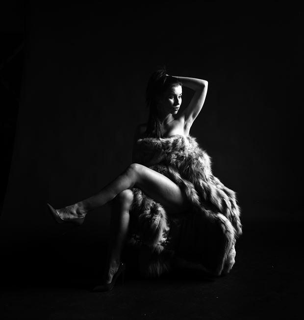 studio lighting photo by photographer jerzy r%C3%B3zio