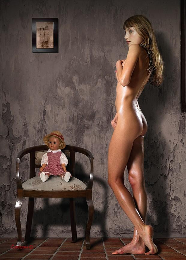...Ricordi... Artistic Nude Artwork by Artist Contesaia