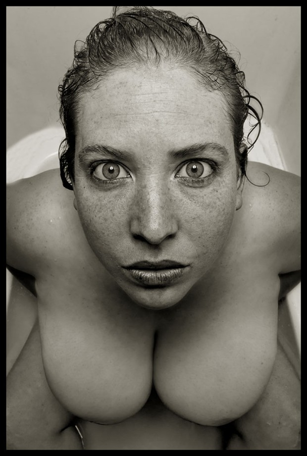 2012 Jeni in the Tub Artistic Nude Photo by Photographer R. Michael Walker
