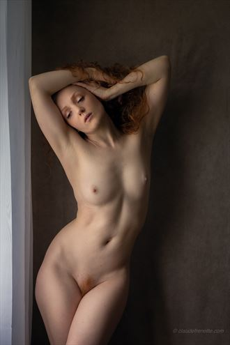 5000 km away artistic nude photo by photographer claude frenette