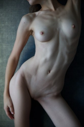 7 am Artistic Nude Photo by Photographer NielG