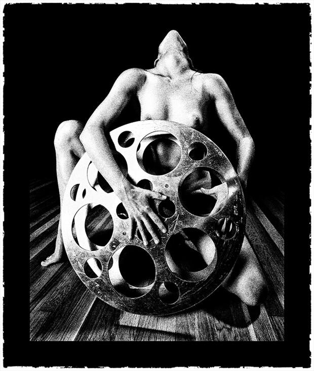 70 MM Artistic Nude Photo by Photographer Raymond Elstad