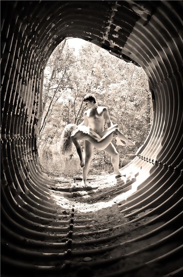 A Natural Satori Artistic Nude Photo by Model Manzanita