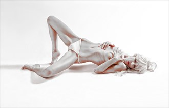 A life story Artistic Nude Photo by Photographer Arton