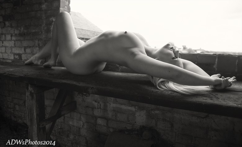 ADW's photos Artistic Nude Artwork by Model Scarlet