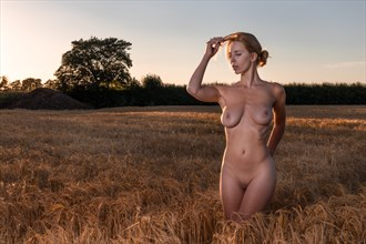 AKH in the field 1 Artistic Nude Photo by Photographer MelPettit
