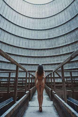 ALL IS NOT LOST Artistic Nude Photo by Photographer RomanyWG