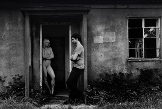 Abandonment Artistic Nude Photo by Photographer Kenphotographer