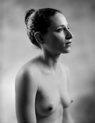 Abby in Profile Artistic Nude Photo by Photographer Ektar