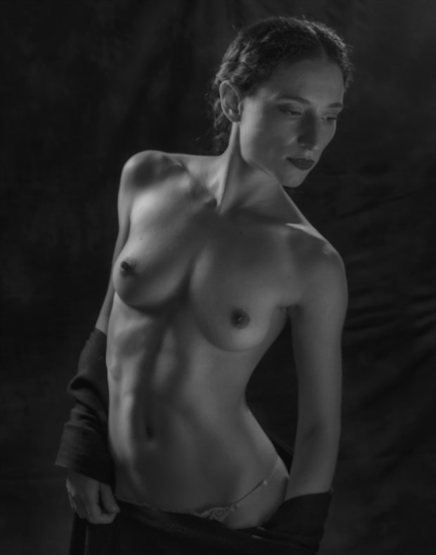 Abigail Div Artistic Nude Photo by Photographer Paul Anders