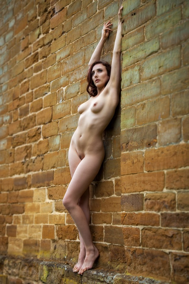 Against the Wall Artistic Nude Photo by Photographer MaxOperandi