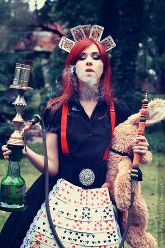 Alice in smog Cosplay Photo by Model Ambioszka