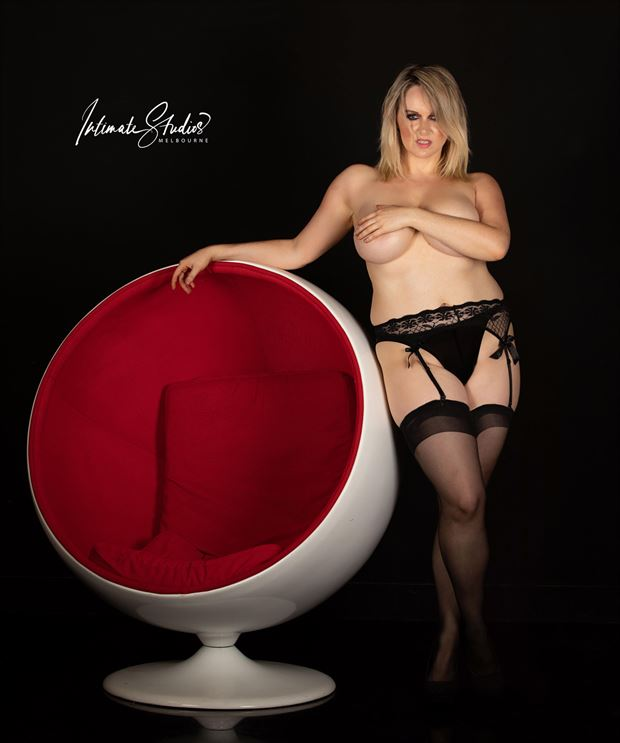 An Egg Chair and a Poser Lingerie Photo by Model Kelly_Kooper