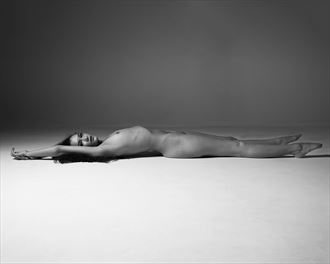 Anatomical  Artistic Nude Photo by Photographer MikeBlue
