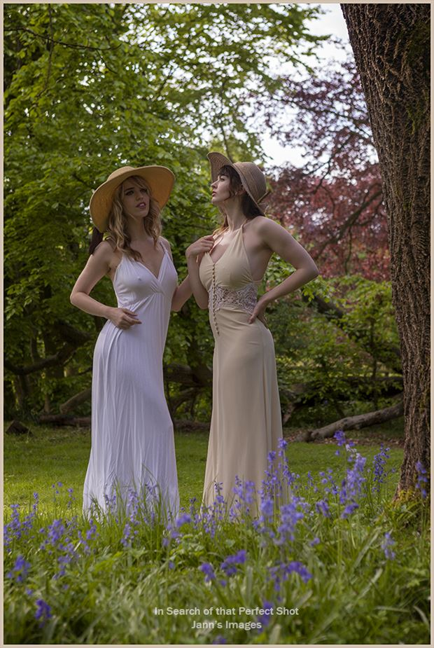 Angel & Lizzie Sensual Photo by Photographer In Search of ......