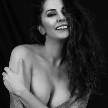 Araina Figure Study Photo by Photographer Daniel Ivorra