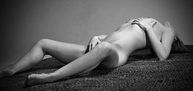 Arch Artistic Nude Photo by Photographer Hey Boo Photography