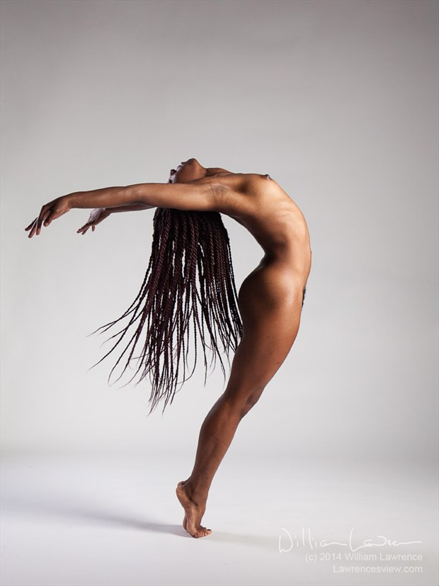 Arise Artistic Nude Photo by Model QUINTESSENCE