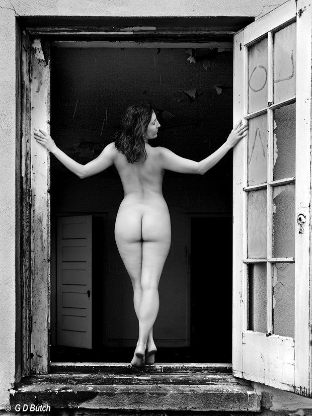 Art Heart in California. Artistic Nude Photo by Photographer George Butch