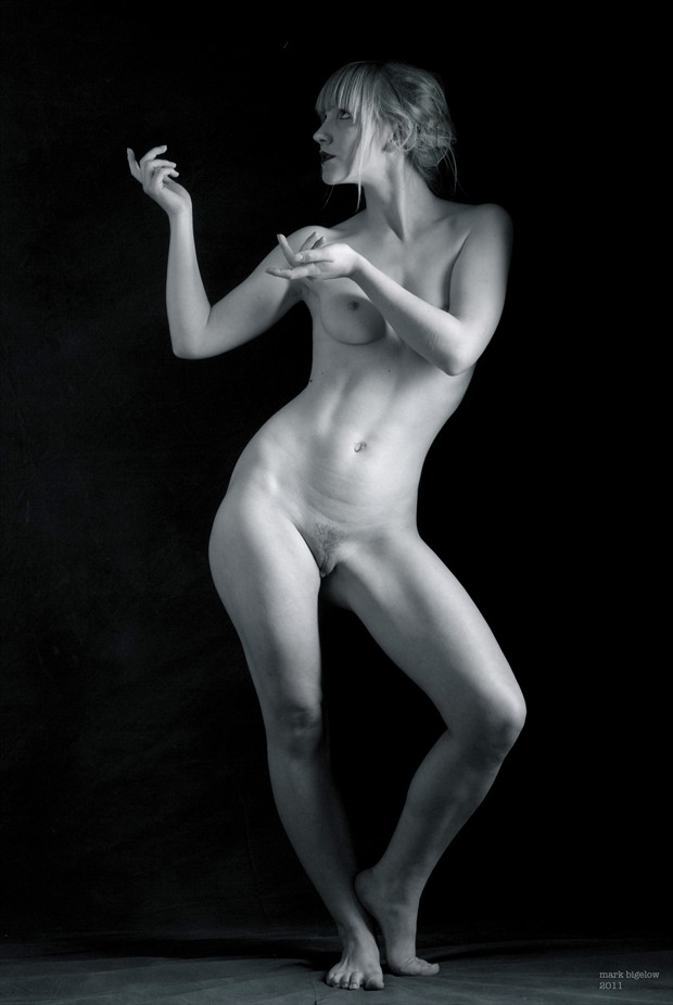 Artist Model Artistic Nude Photo by Photographer Mark Bigelow