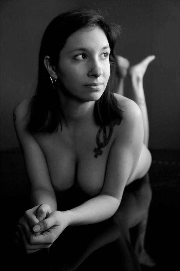 Artistic Nude Chiaroscuro Photo by Model Gilly Rivera