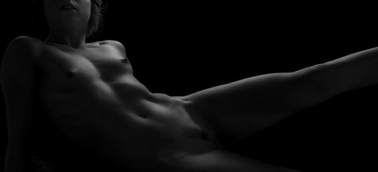 Artistic Nude Chiaroscuro Photo by Model Opallette