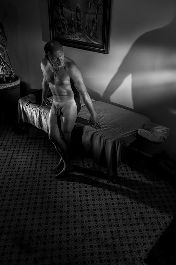 Artistic Nude Chiaroscuro Photo by Photographer Axiaelitrix