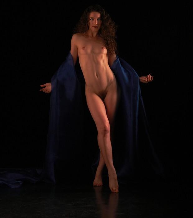 Artistic Nude Chiaroscuro Photo by Photographer Mez