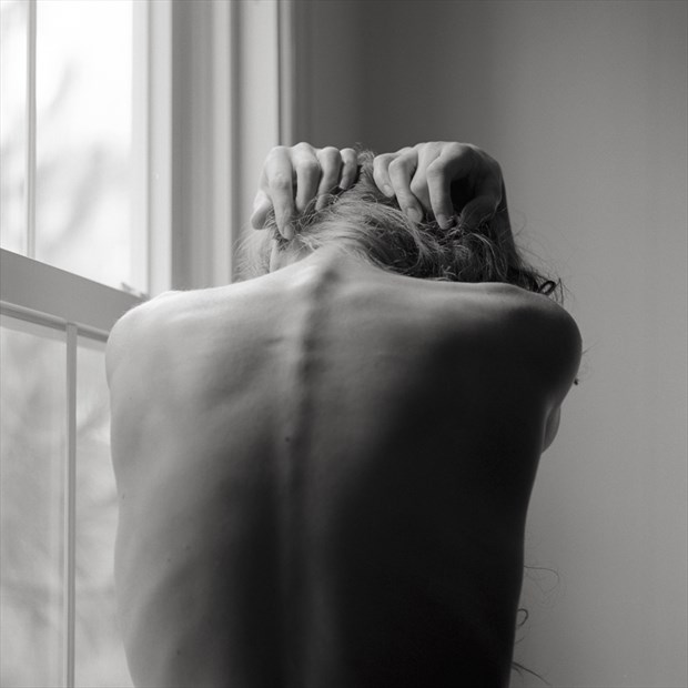 Artistic Nude Chiaroscuro Photo by Photographer Peaquad Imagery