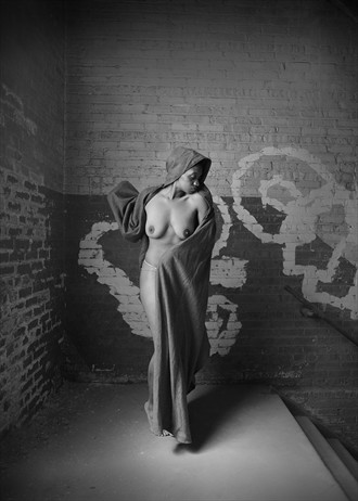 Artistic Nude Chiaroscuro Photo by Photographer Plage