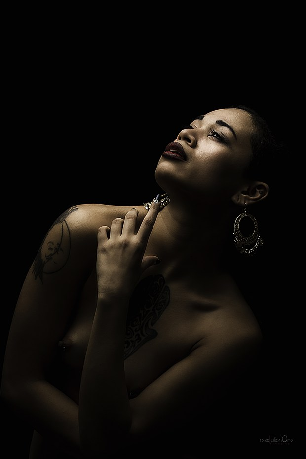 Artistic Nude Chiaroscuro Photo by Photographer ResolutionOneImaging