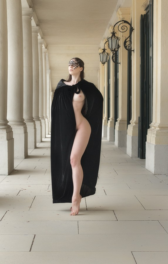 Artistic Nude Cosplay Photo by Model Elle Beth