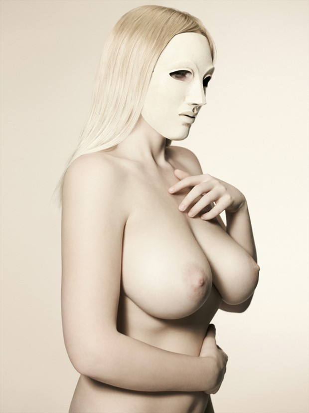 Artistic Nude Cosplay Photo by Model NicoleNudes