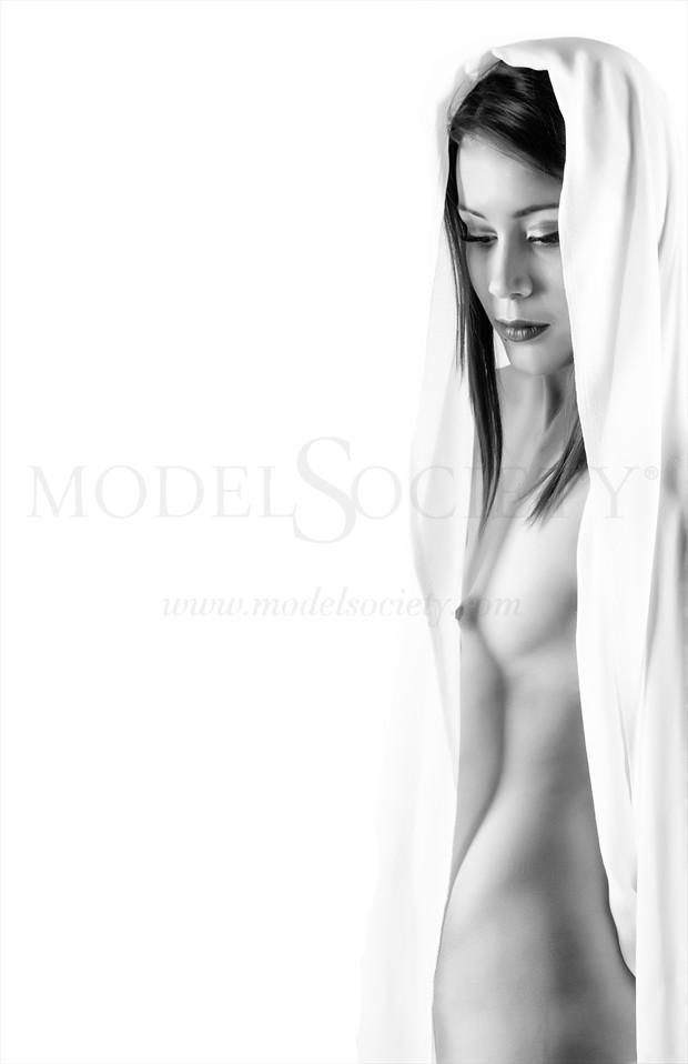 Artistic Nude Emotional Photo by Photographer MSlygh