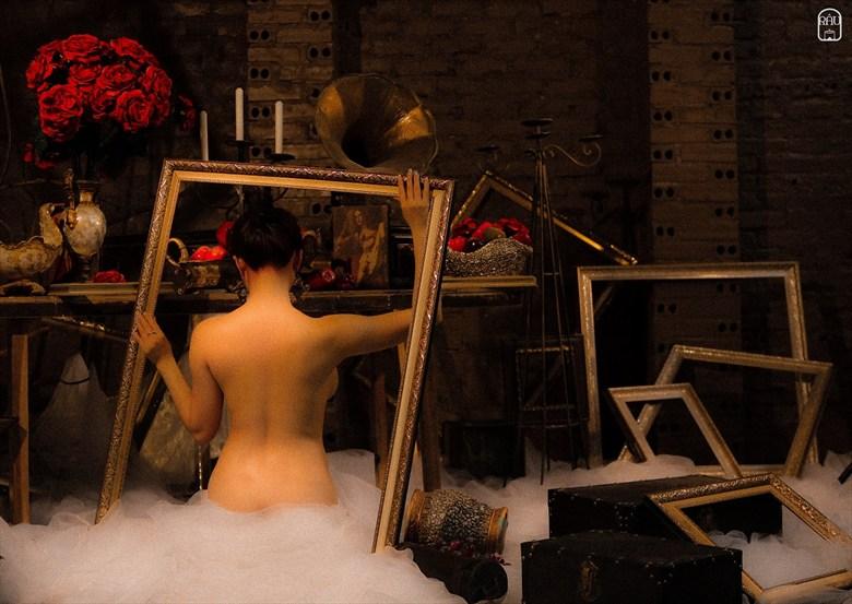 Artistic Nude Erotic Artwork by Photographer Tu%E1%BA%A5n R%C3%A2u