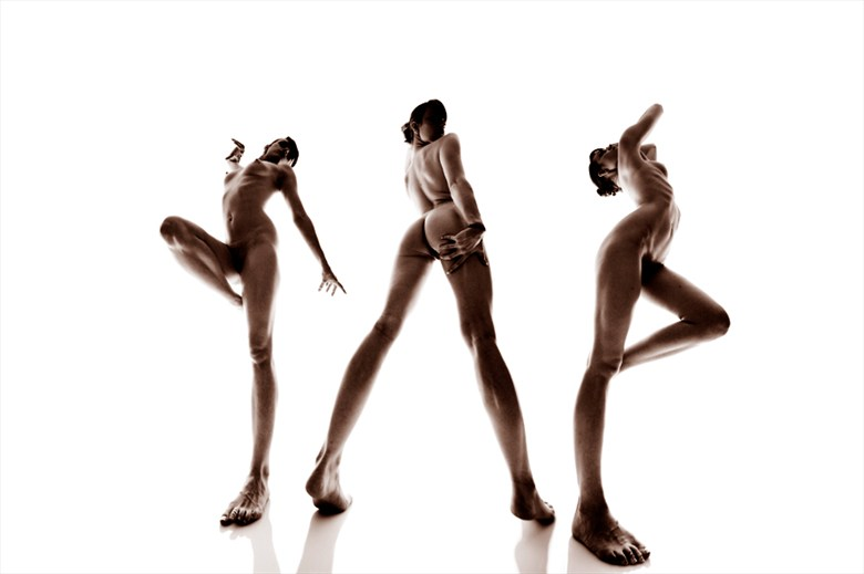 Artistic Nude Erotic Photo by Model AingealRose