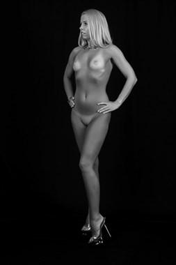 Artistic Nude Erotic Photo by Model Elizabeth Gandy